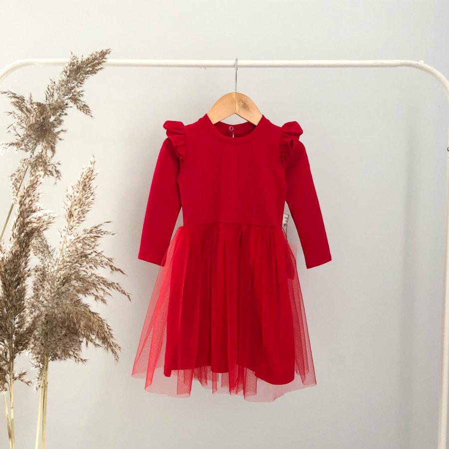raudona suknelė su sparnais
