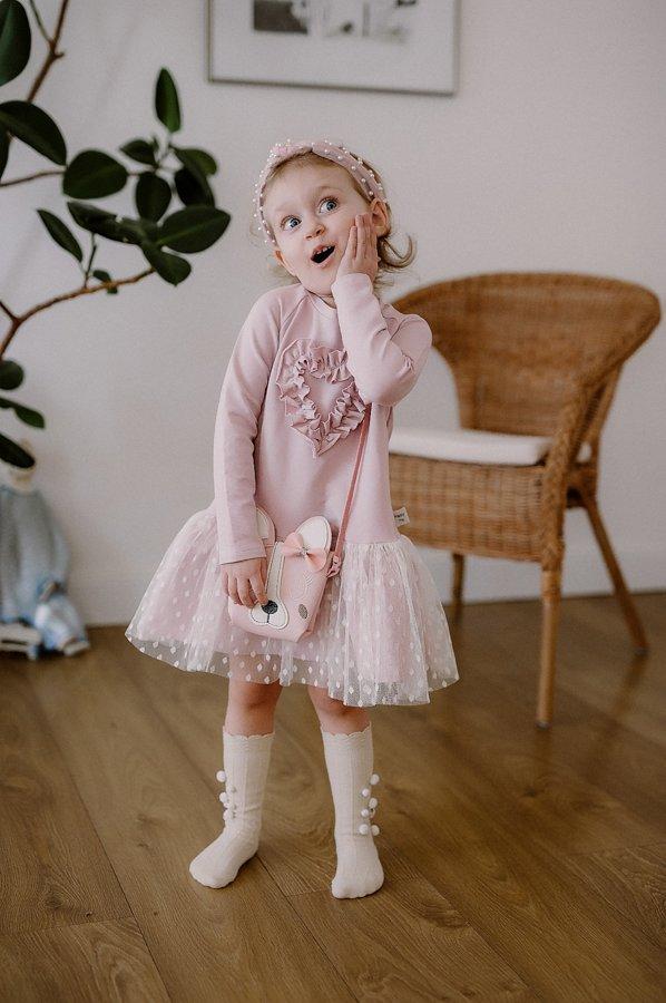 rožinė suknelė su širdele ir tiuliu